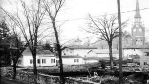 Photo courtesy of the Clarence L. Miller Family History Room, Kalamazoo Public Library, Kalamazoo, Michigan